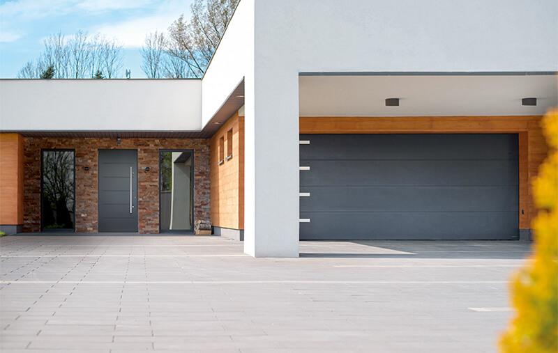 Brama garażowa WIŚNIOWSKI dla termomodernizacji